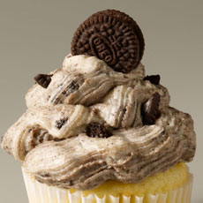 CUP5 - Cookies and Cream Cupcake
